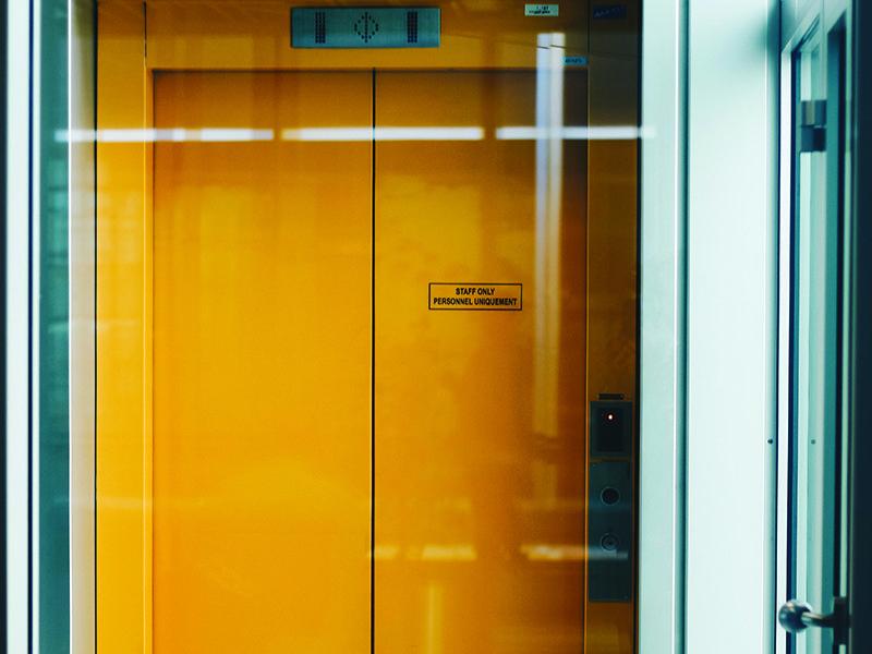 Tecnologia y ascensores Covid19