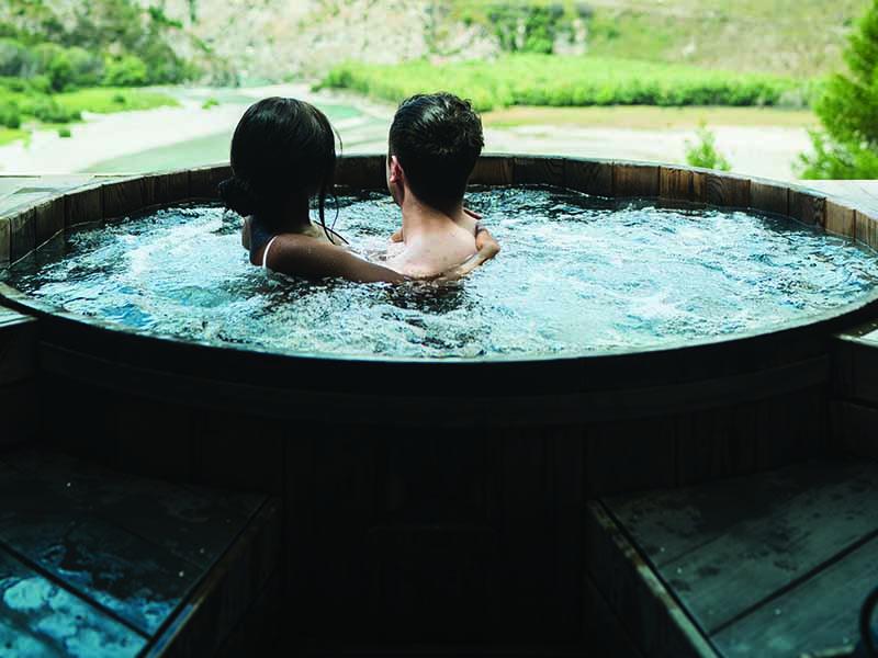 Seguridad en piscina en casa