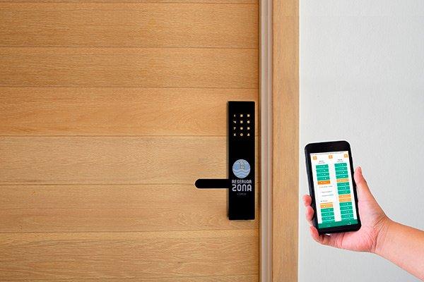 Aplicación Apertura de puertas con móvil